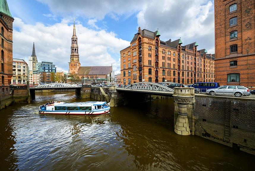 kanalrundfart i hamborgs kanaler
