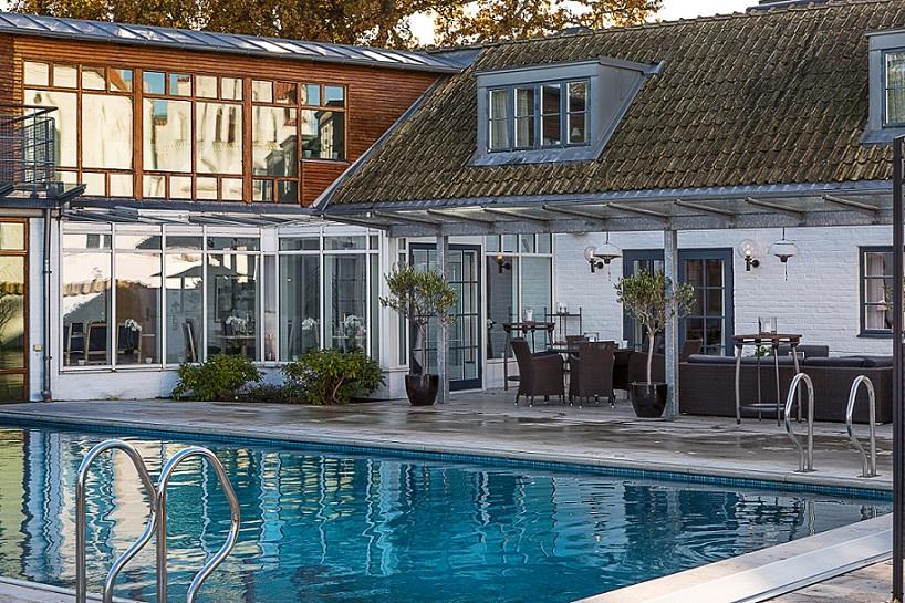 swimmingpool på hotell gässlingen