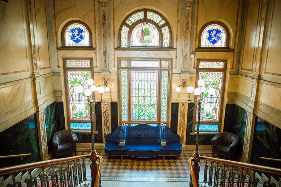 lobby på varbergs stadshotell & asia spa